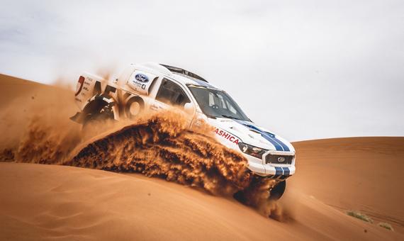 Dakarský Ford Ranger na prestižním Escape6 Prague Car Festival