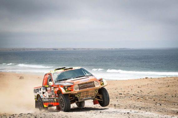 Ouředníček s Křípalem vybojovali 17. místo na Rally Dakar 2019