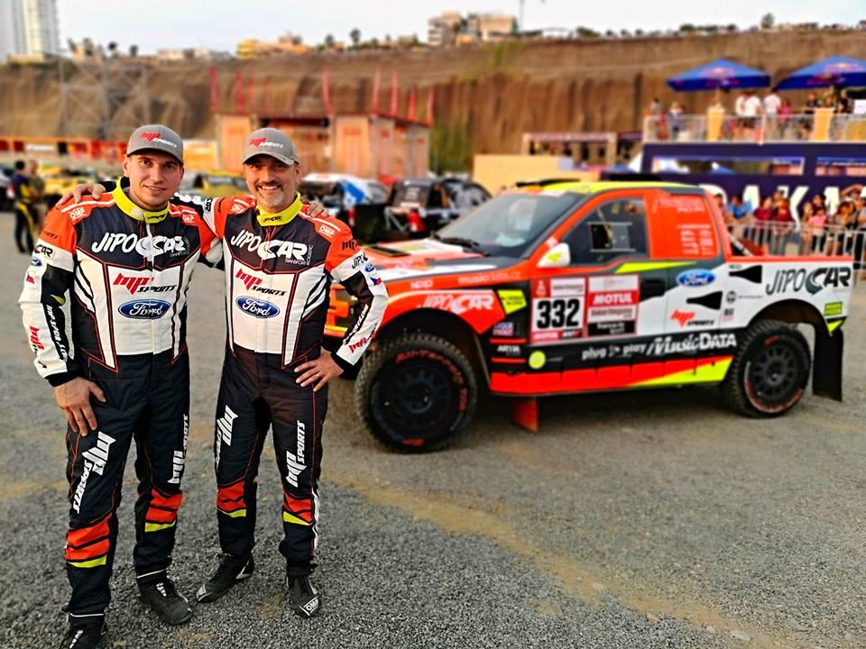 První etapa Dakaru: Ouředníček spokojený, Prokop s problémy