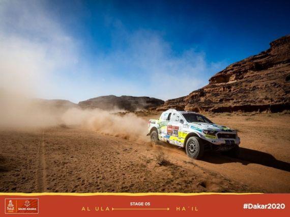 Obrázek galerie Pátá etapa Rallye Dakar: Ruská ruleta s benzínem přinesla postup do nejlepší pětadvacítky aut