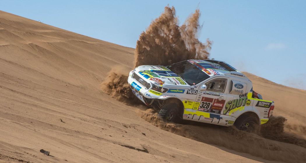 Pátá etapa Rallye Dakar: Ruská ruleta s benzínem přinesla postup do nejlepší pětadvacítky aut